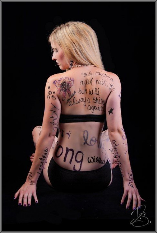 Lynsi graffiti tattoo