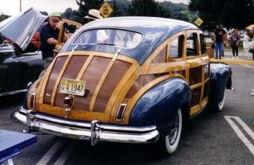 1940's Nash Suburban 4-Door Slipstream Woodie