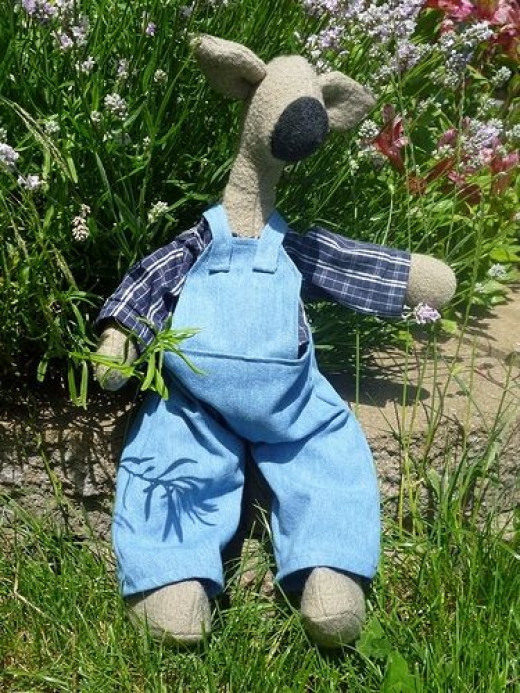 upcycling clothes into toys