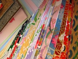 Origami paper comes in a variety of colors, patterns and sizes