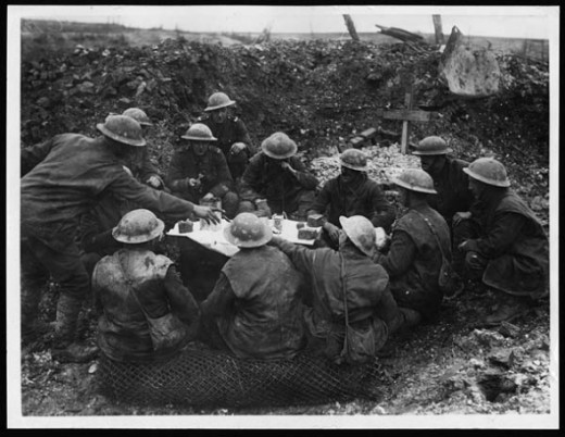WWI Christmas Cake in the Trenches