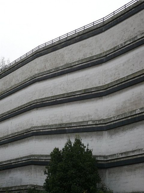 Lars Plougmann noticed the way the car park's floors appear crooked, even though the walls are straight and parallel. Source: Lars Ploughmann, Flickr.
