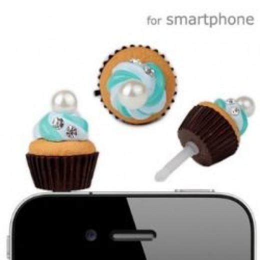 Cupcake earphone jack accessory
