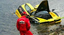 [VIDEO] $1.5m Ferrari Enzo crashed into Atlantic Ocean