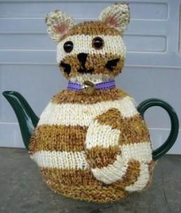 Small Dog Knitting Patterns : Tea Cosy Knitting Patterns