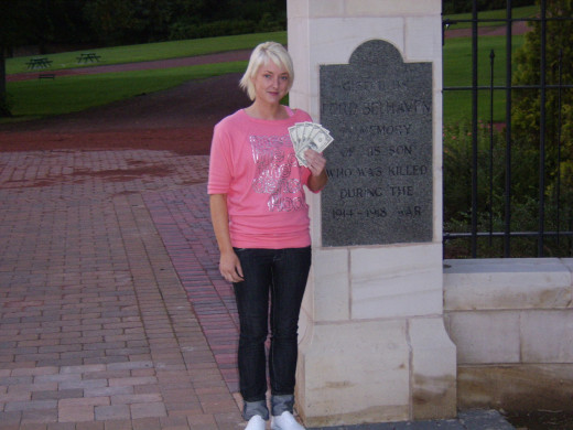 Shelley Hughes Introduces The Five Dollars to Belhaven Park and Wishaw