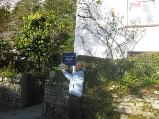 Sue Dixon Introduces The Five Dollars to William Wordsworth's Dove Cottage