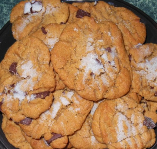 The best gluten free peanut butter chocolate chunk cookies ever!
