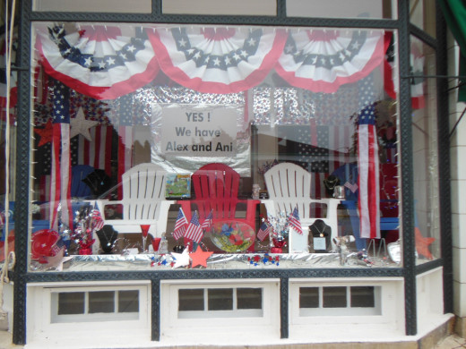 4th of July Themed Store Front
