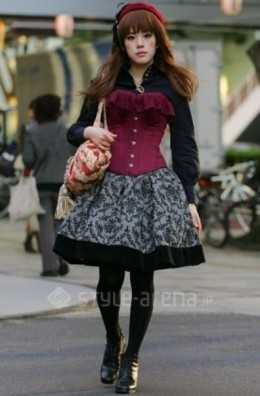 Gothic Lolita on a casual day