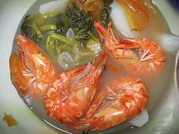 Prawns in Sour Broth (Sinigang na Sugpo) (Photo courtesy by mang maning from Flickr)