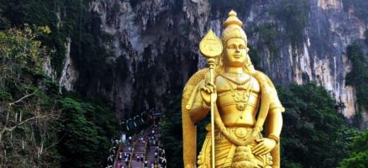 Batu Caves - The Journey Begins