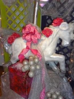 A Unicorn Vignette - Festival of Trees