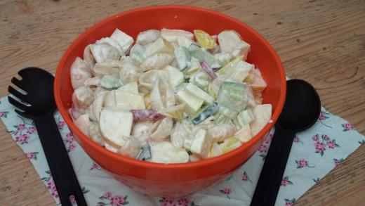 Delicious Apple Pasta Salad