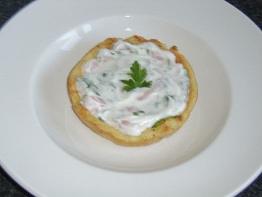 King Prawn Salad in a French Toast Basket Recipe