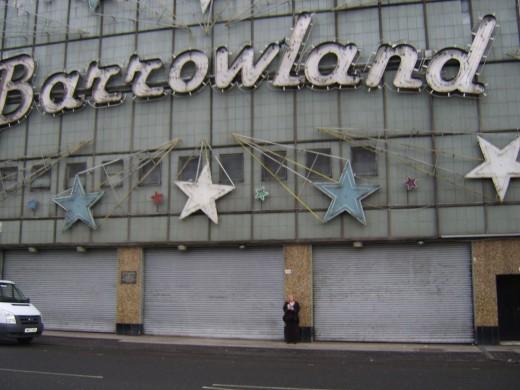The Five Dollars Visit Glasgow's Barrowland Ballroom