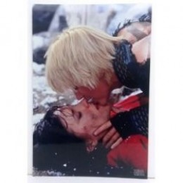 Xena and Gabrielle kissing