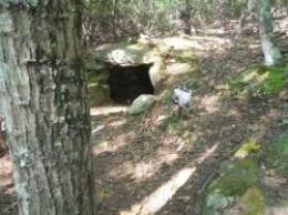 Tomb-Gungywamp