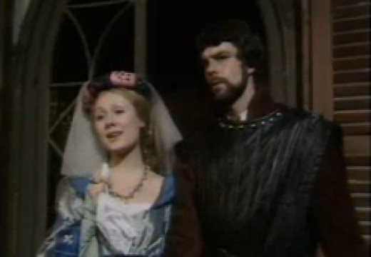 Richard Morant as Phoebus with Hetty Baynes as Fleur de Lys