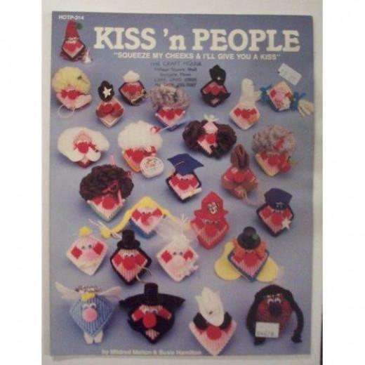Plastic Canvas Kiss 'N People