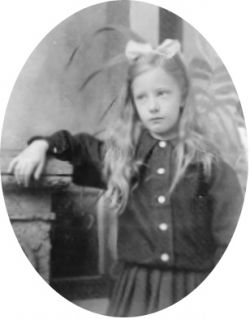 Elinor as a child