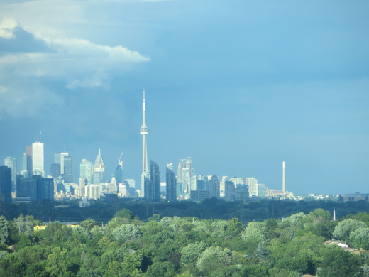 Toronto Skyline during the day (using zoom feature from 25 kms away)