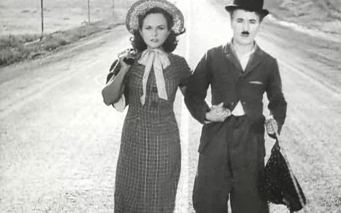 Charlie Chaplin and Paulette Godard