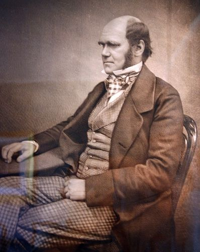 Younger Charles Darwin Picture from L2F1