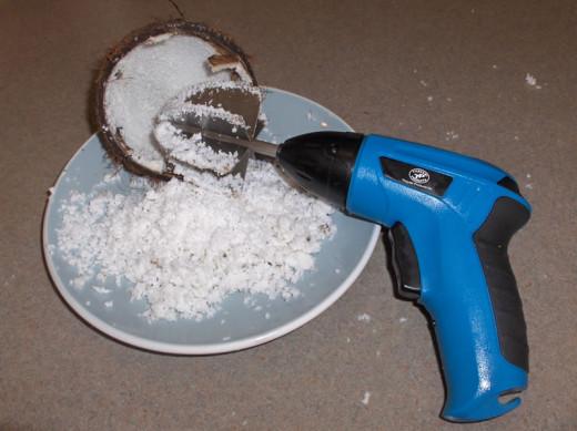 Coconut shredder electric