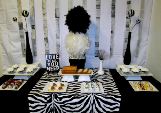 Zebra accented Modern Dessert Table
