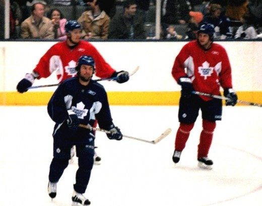 Darcy Tucker & a couple of other leafs