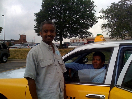 These two cab drivers went way out their way to return someone's lost phone.