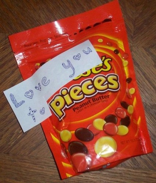 Apply Label to Bag of Reeses Pieces