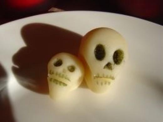 Marzipan skulls - easy!