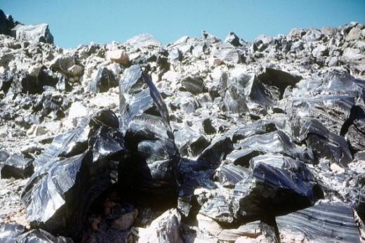 Obsidian Lava Flow by gumtau
