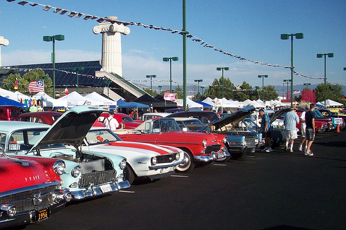 Miles of classic cars on display at Reno's Atlantis Casino