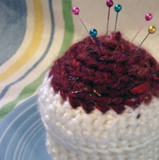 Crocheted Cupcake Pincushion