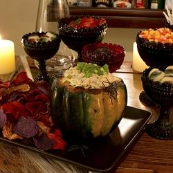 Beautiful Halloween Snack Table Idea