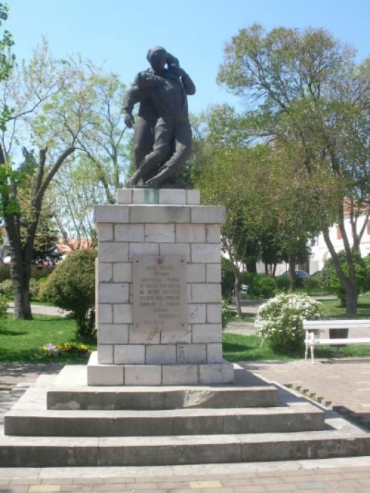 Partisan monument at the bus station of Biograd na Moru