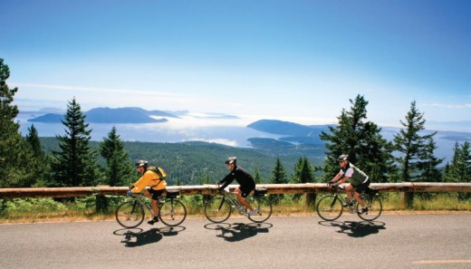 Go for a nice family bike ride on the rolling hills, overlooking the sea at Lopez Island.