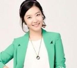 Sin Da Eun as Han Song Hui