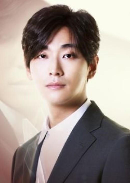 Joo Ji Hoon as Yoo Ji Sang
