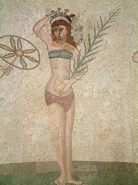 Noia en Bikini a Villa romana del Casale
