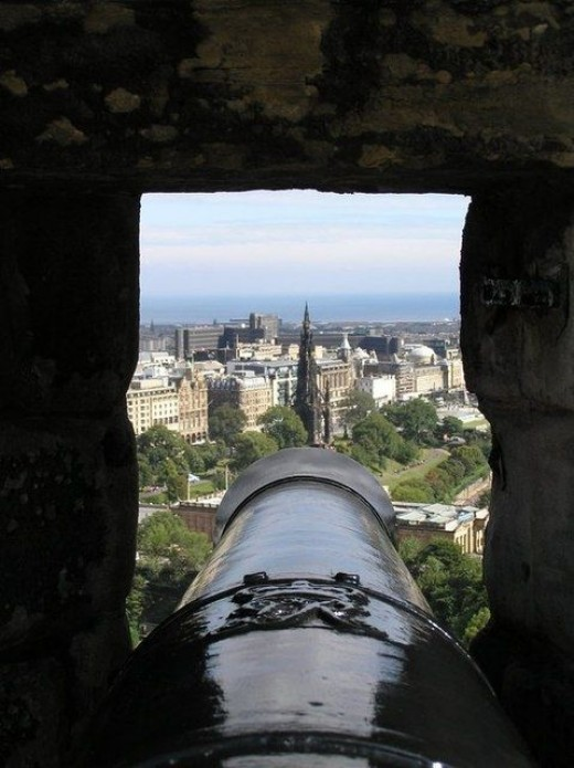 Looking down the barrel to the Scott Monument, Edinburgh