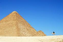 Pyramids at Giza. Photo by tinou bao (flickr)
