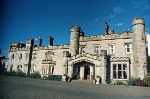 Dundas Castle