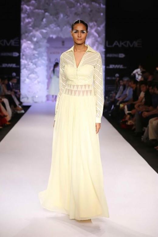 "Anita Dongre's ""Varanasi Weaves"" Collection"