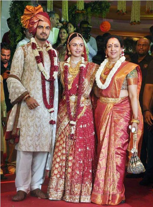 Esha Deol Wedding Outfit