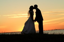 Wedding Expense Etiquette- Expenses Paid by the Bride and Groom