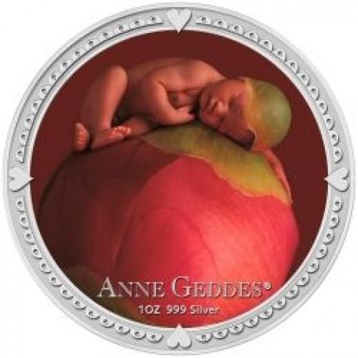 2012 1 oz Silver Niue $2 Anne Geddes Coin